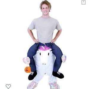 Men's piggyback unicorn costume